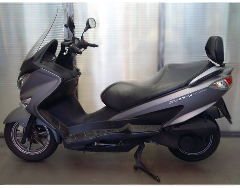 Suzuki Burgaman 200